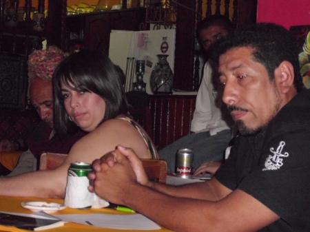 Los poetas Samuel Trigueros y Tania Alvarado durante el homenaje a Ruiz Udiel
